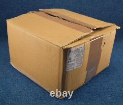 Nouveau Siemens 3rw4074-6bb45 Soft Starter 230vac Input 248a 200hp/250hp 460v/575v